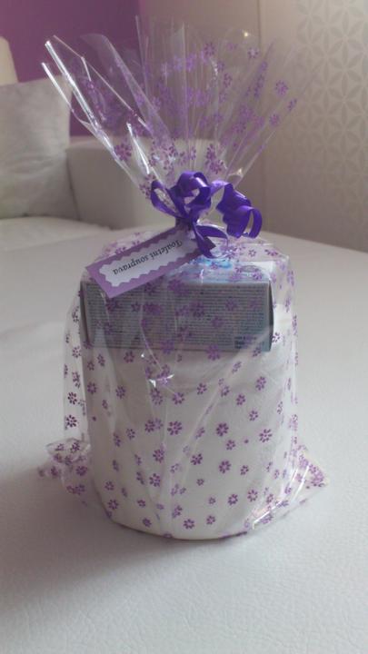 Svatební tombola - Toaletní souprava:-) - toaletní papír a mýdlo
