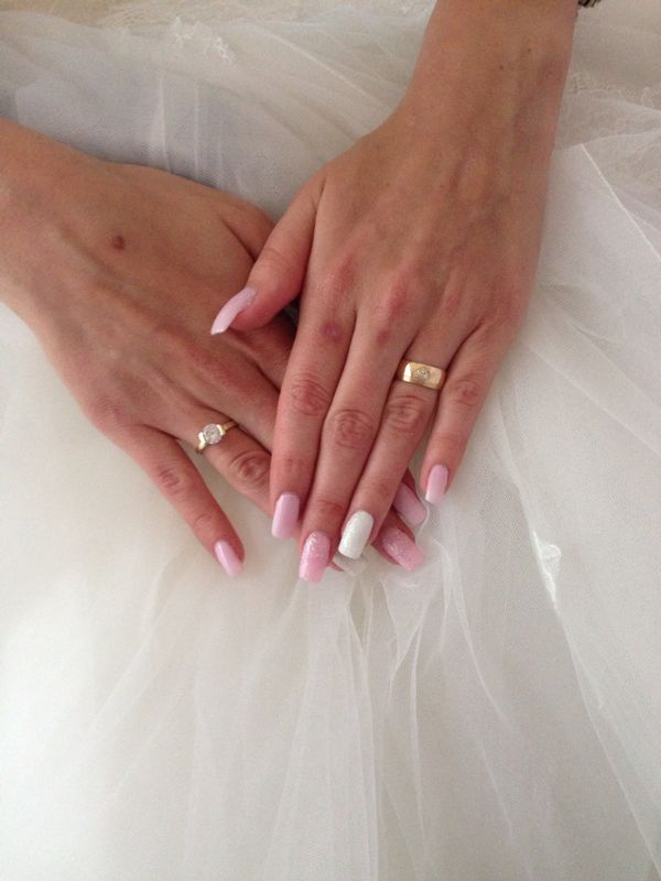 Lucka {{_AND_}}Miňo, Romantická Ružovááá - Nechtíky a prstene