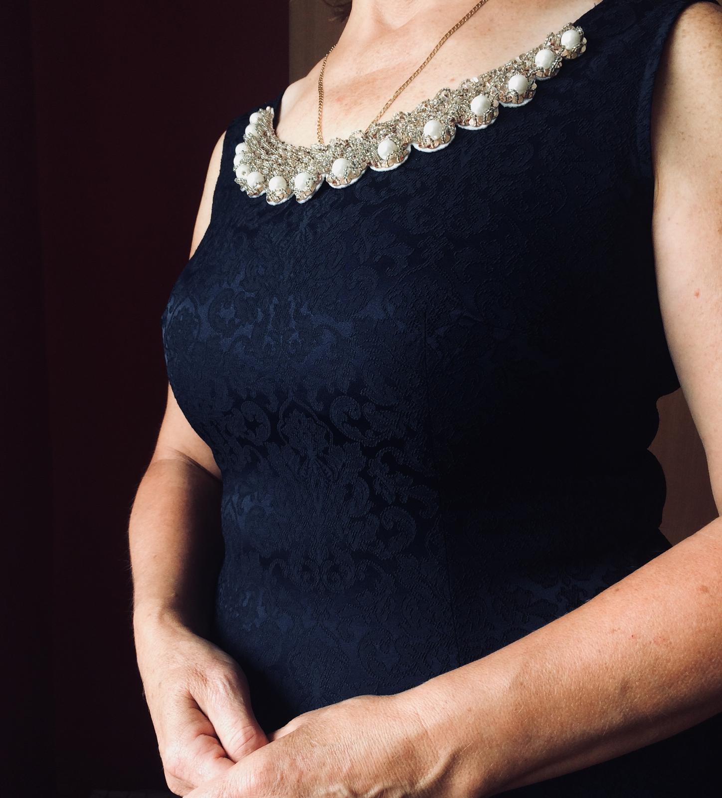 Kráľovsky modré šaty / 40 - Obrázok č. 1