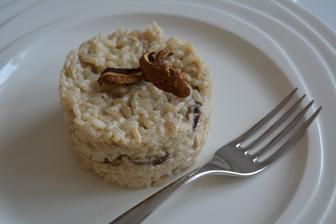 Mezi pečením jsem stihla i oběd....Hříbkové rizoto...