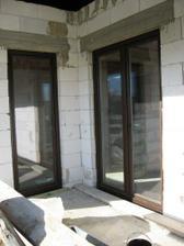 dvere na terasu z kuchyne  a obývačky