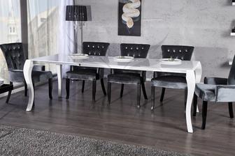 Pačia sa mi masivne stoly, ale i tento stol by som si ku drevenej podlahe vedela predstavit