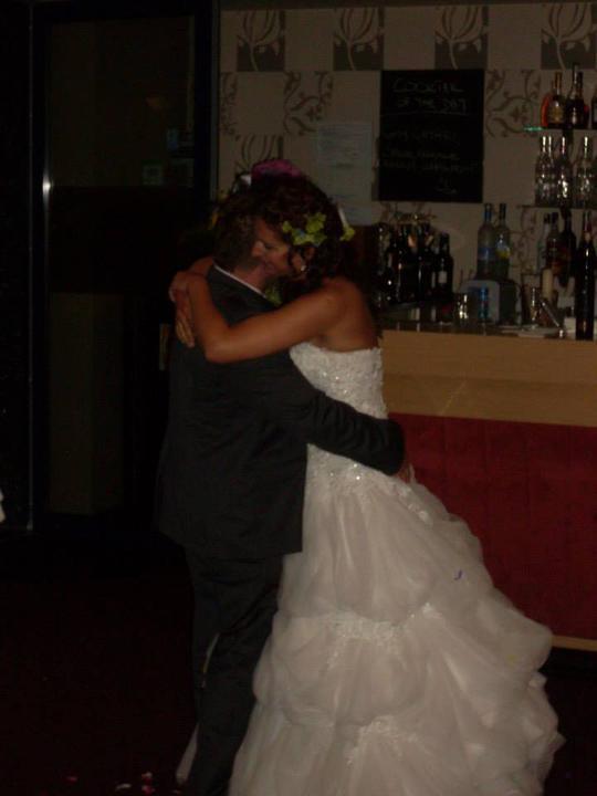 Danka{{_AND_}}Lacko - náš prvý tanec :-*