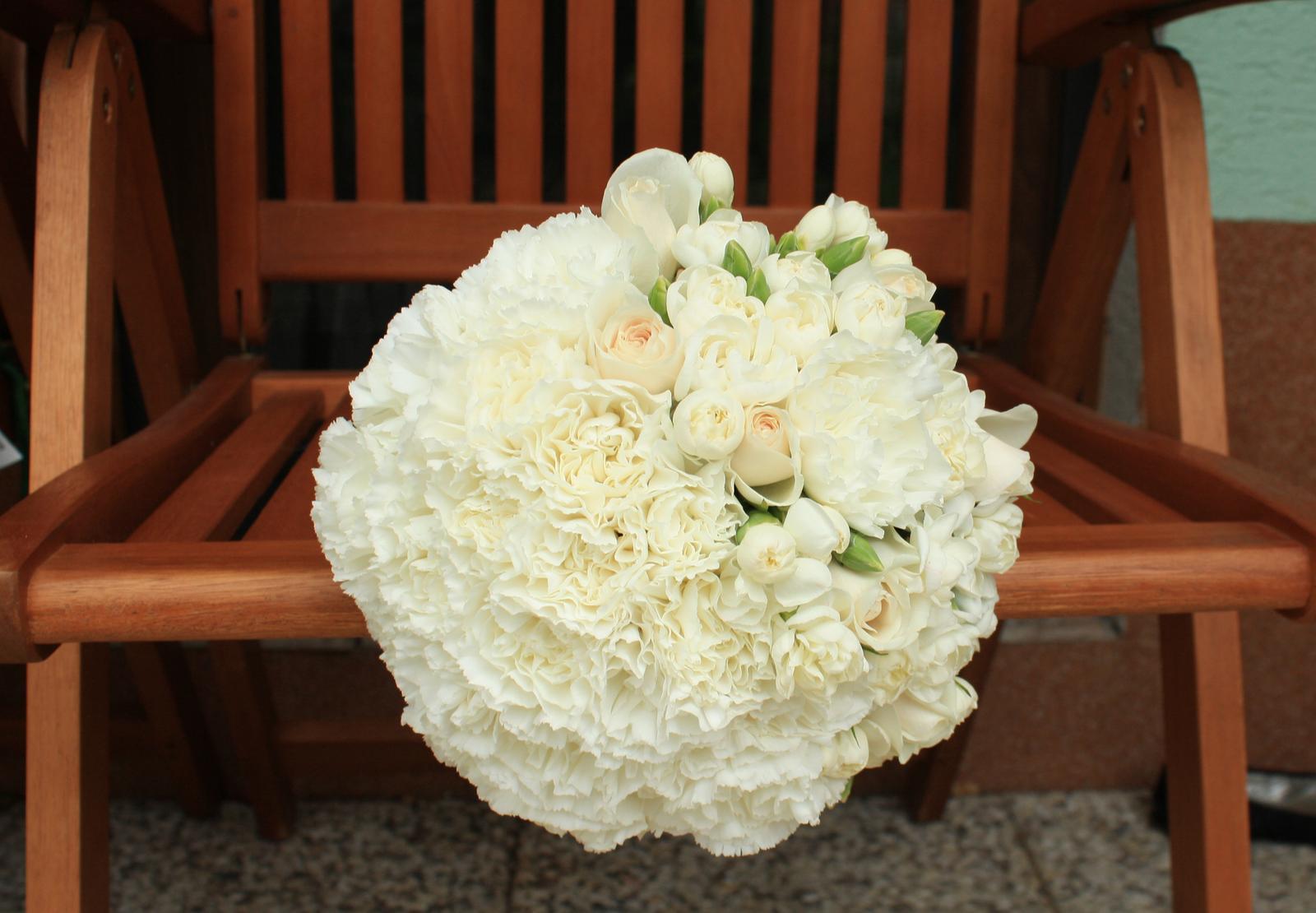 Kvetinové tvorenie - Alenkina svadobná