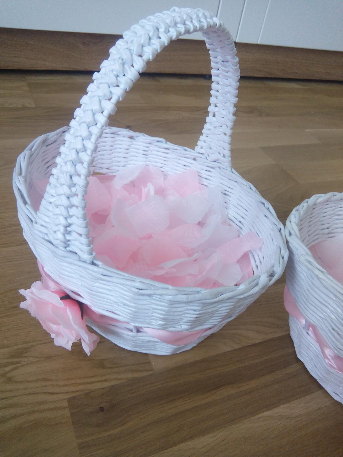 Košíček s ružovými a bielymi lupienkami - Obrázok č. 2