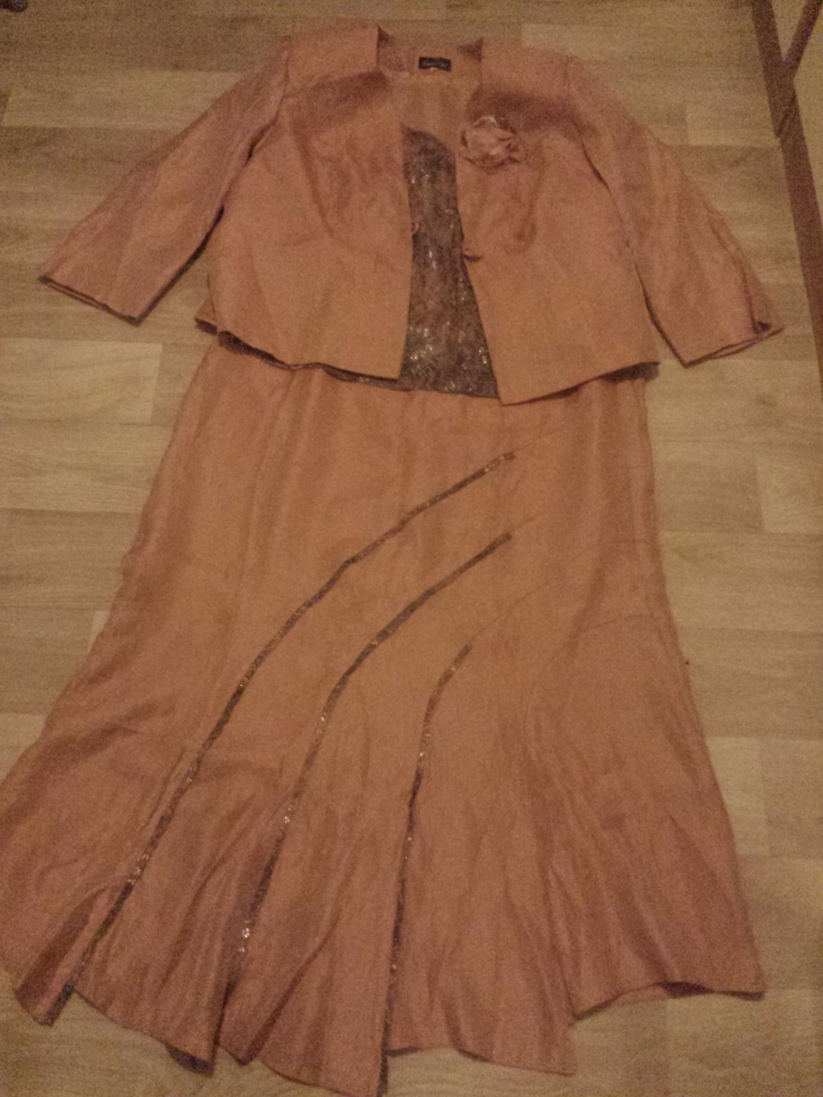 Sukňový spoločenský kostým - Obrázok č. 1