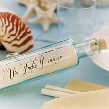 takovou lahvičku bude mít každý svatebčan, ale nevím, kde ji sehnat..:(