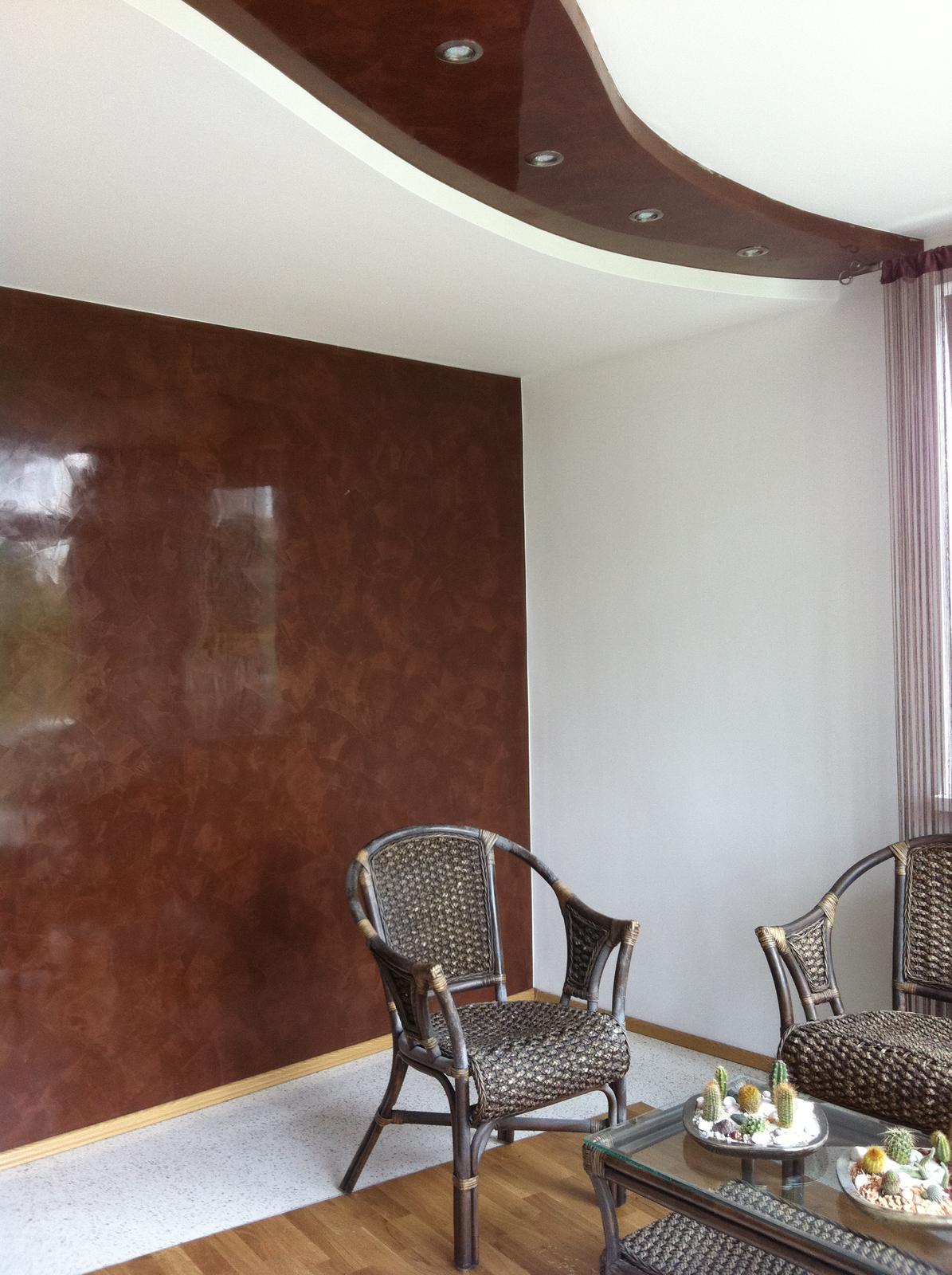 eurotipek - Benátske štuko je exkluzívna stierka do interiéru. Liata podlaha v tomto prípade je kombinovaná s dubovým drevom. Realizácia u mňa doma :) Dizajn -vlastný návrh