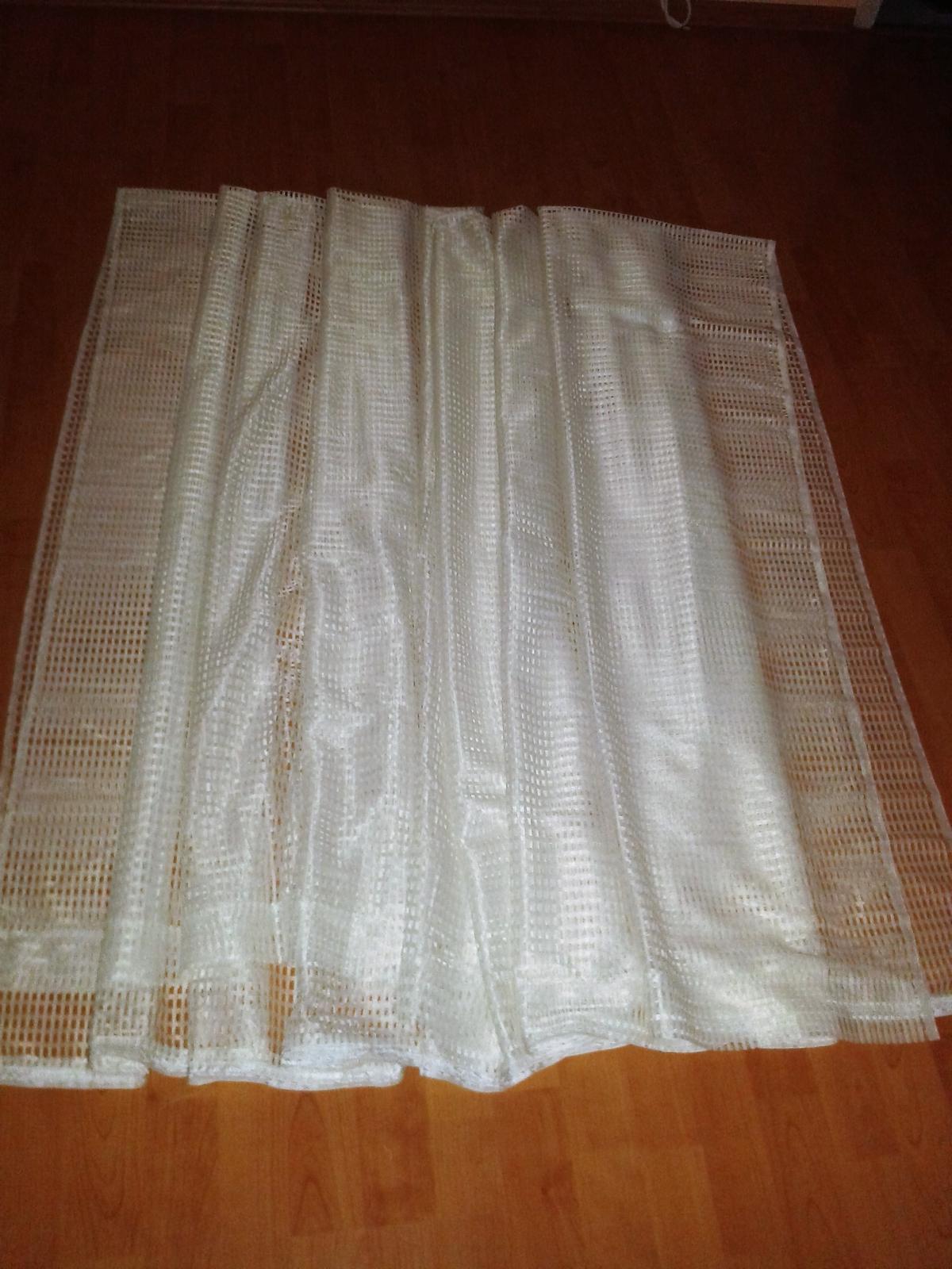Nepoužitá záclona 300 x 248 cm  - Obrázok č. 1