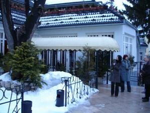 vybrali sme si reštauráciu FATIMA pod trenčianskym hradom...(pochádzam z Trenčína)