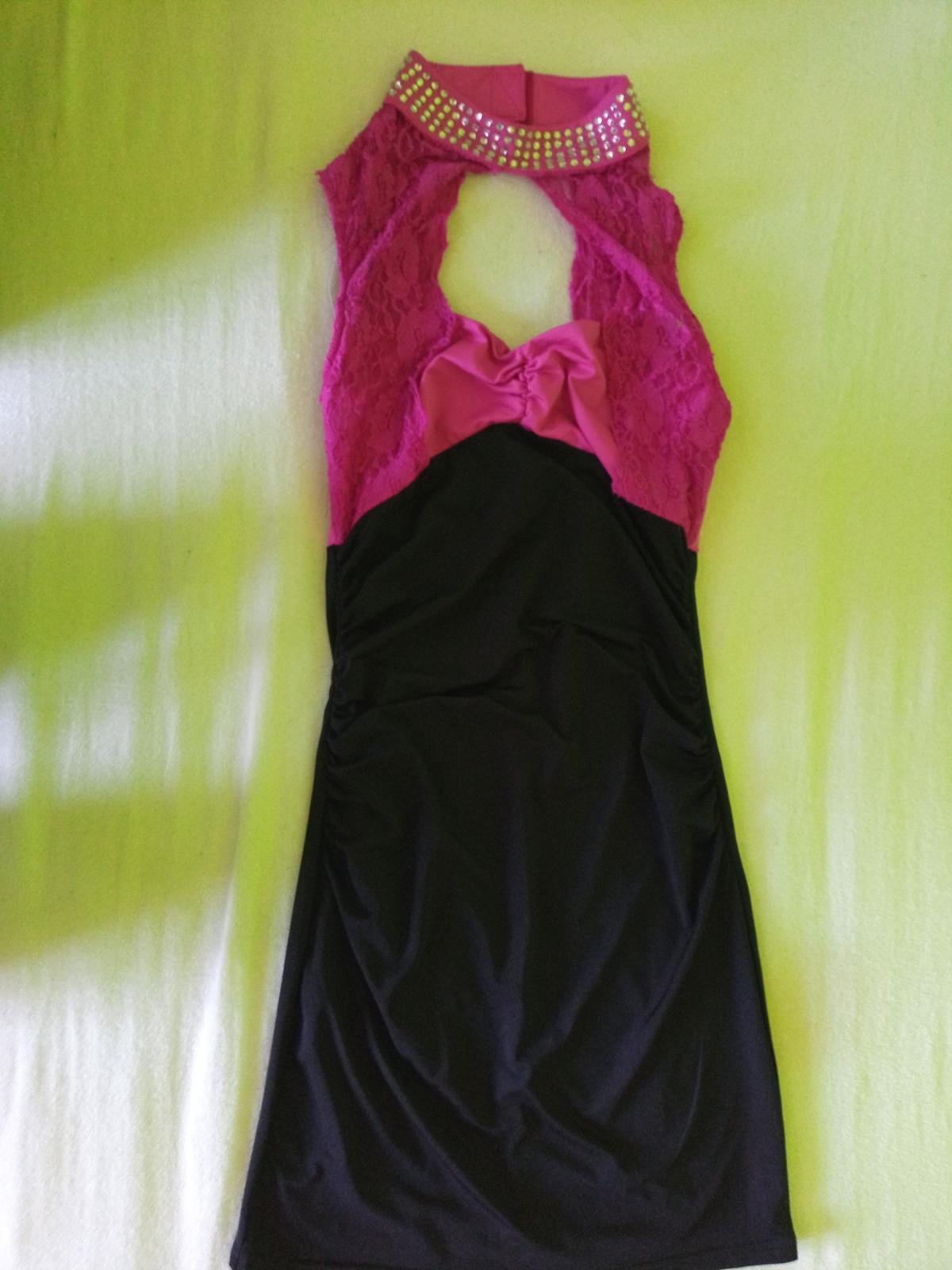Čierno-ružové šaty - Obrázok č. 1