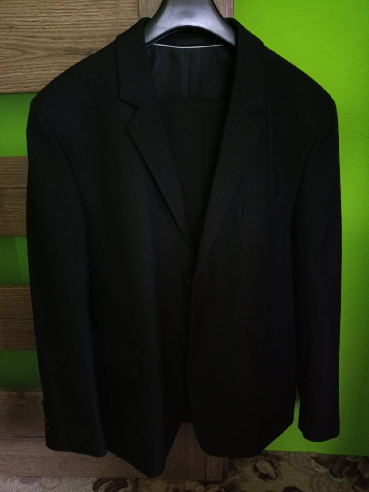 Čierny oblek - Obrázok č. 1