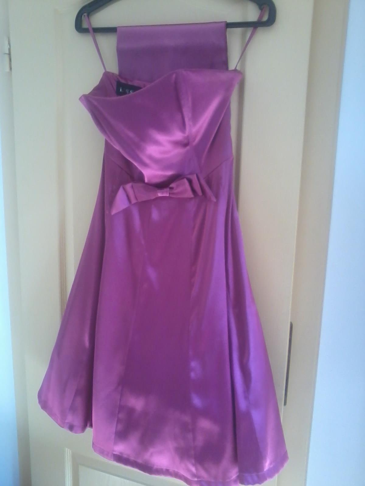 Korzetové šaty so šnúrovačkou 36-38 - Obrázok č. 1