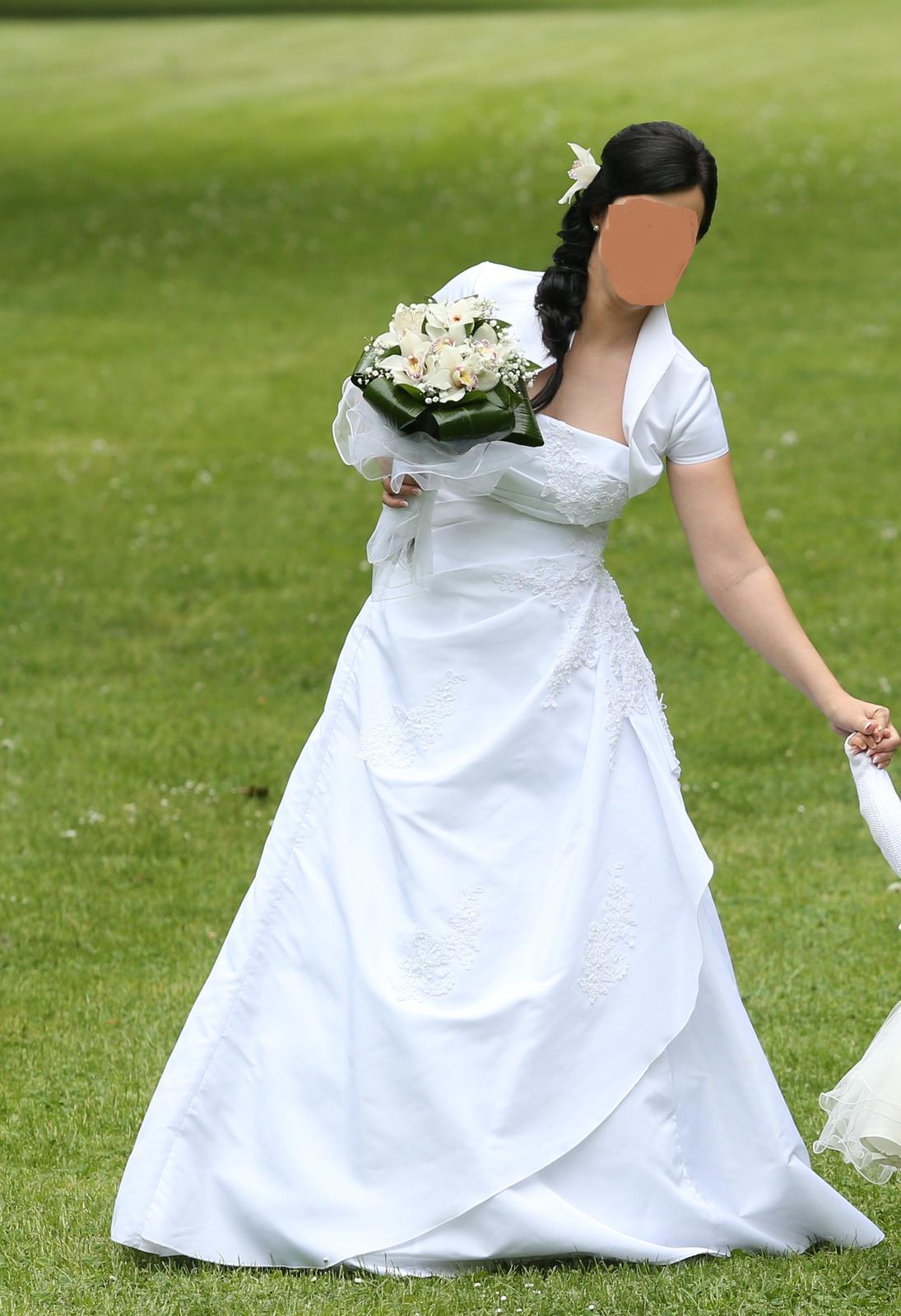 snehobiele svadobné šaty aj s bolerkom 36-38 - Obrázok č. 2