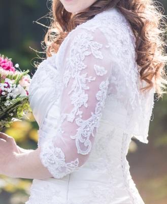 Svadobné šaty na ramienkach - Obrázok č. 2