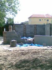 garaz sa uz buduje :-)))