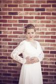 Ľahké svadobné šaty, 44