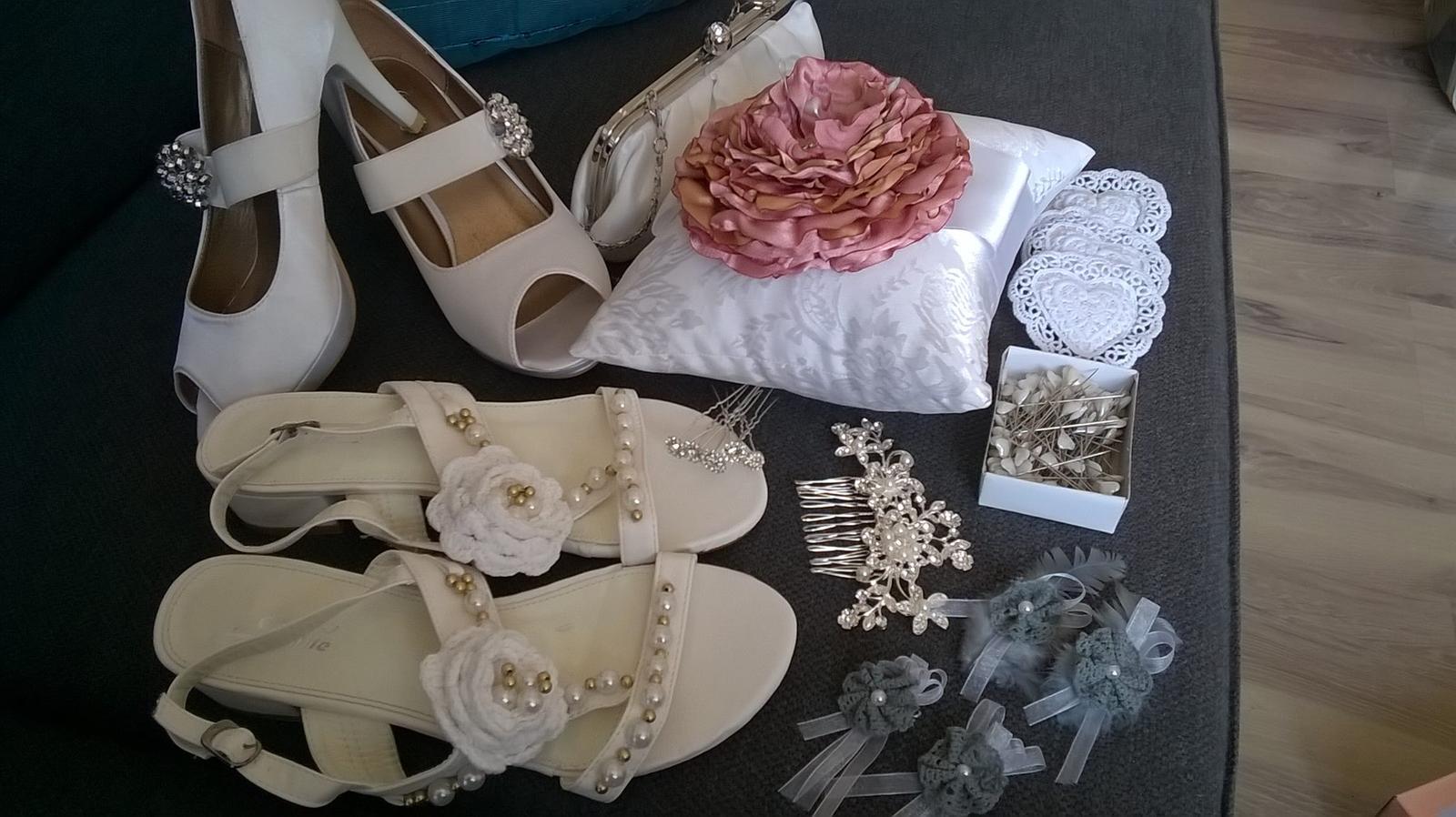 Moja svadba - inšpirácia na farebné prevedenie v bielej a staroružovej - Obrázok č. 9