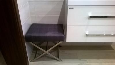 Má vysněná stolička do koupelny