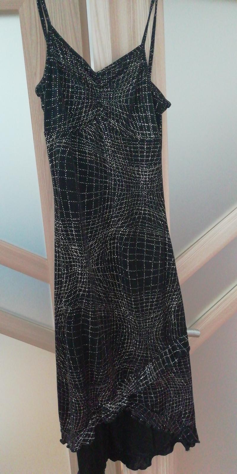 Večerní šaty - Obrázek č. 1