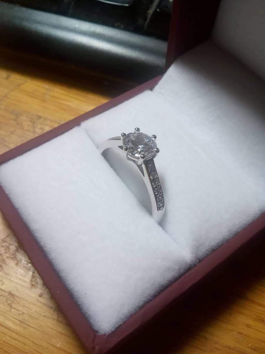 Můj vysněný prsten, ani... - Obrázek č. 2
