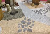 Kamínkový koberec - společnost Piedra pracuje s materiály Spolchemie a nabízí nekonečné množství designů dle vašeho přání