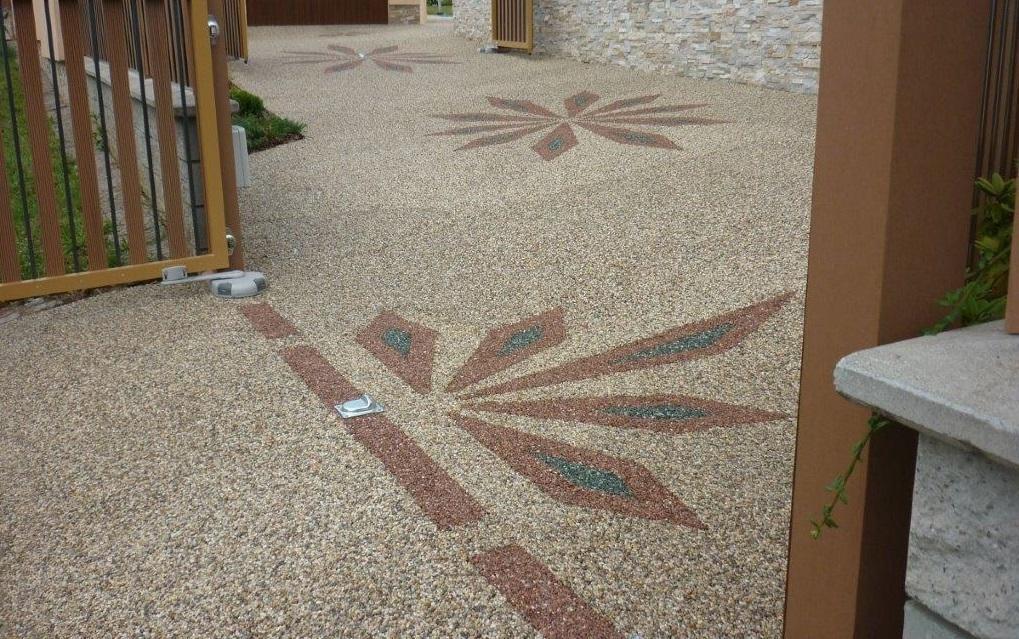 Kamínkový chodníček CHS EPODUR STONE - možnosti desénů a tvarů - A z chodníčku na dvorek.