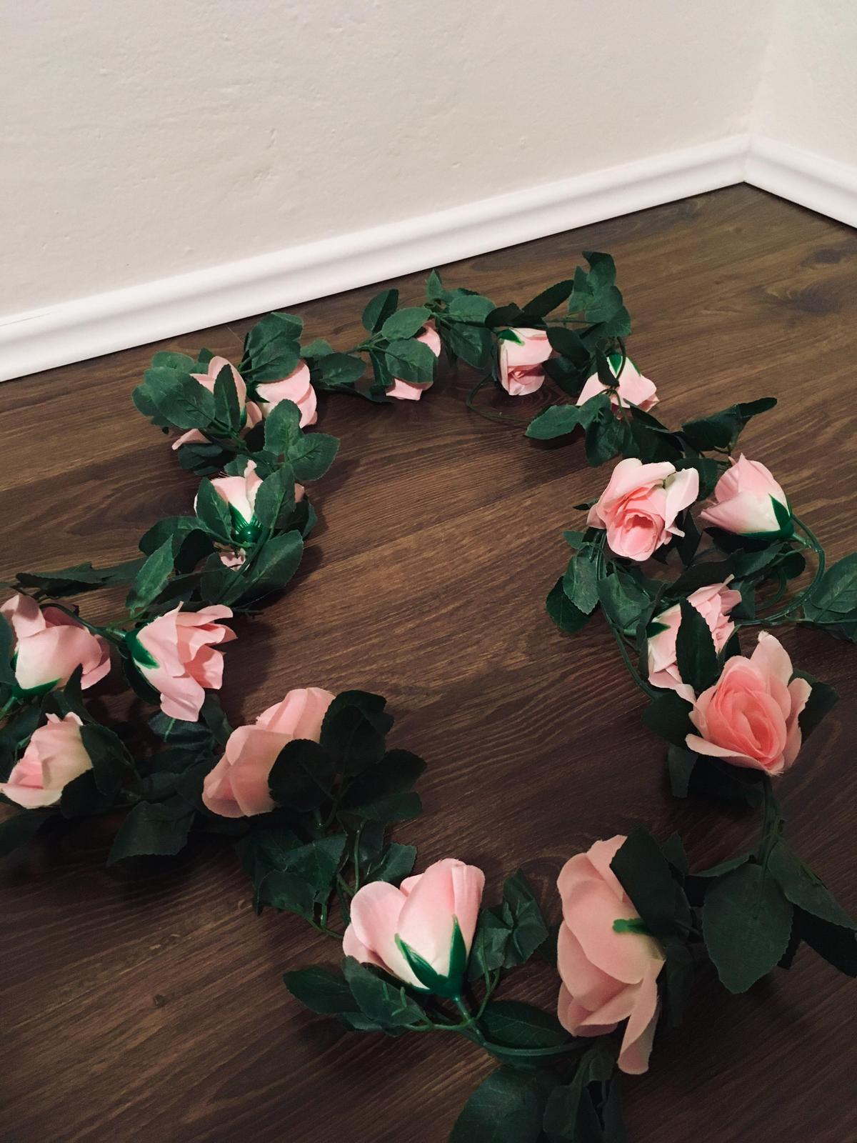 Kvetinové reťaze - Obrázok č. 3