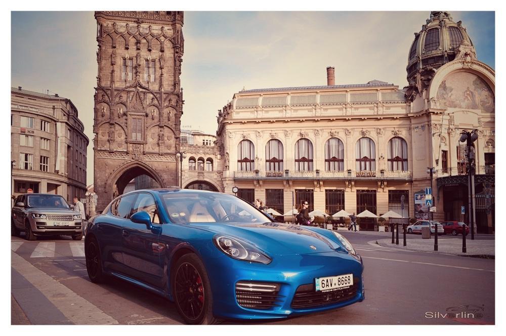 Porsche Panamera Turbo - Obrázek č. 1