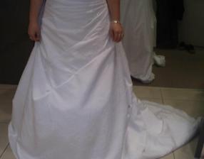 moje šaty na mne - detail spodok