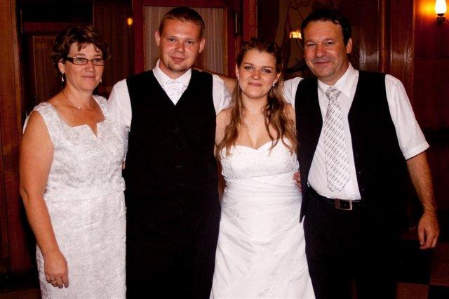 Andrea Gavajdová{{_AND_}}Ľubomír Pavlík - s mojimi rodičmi