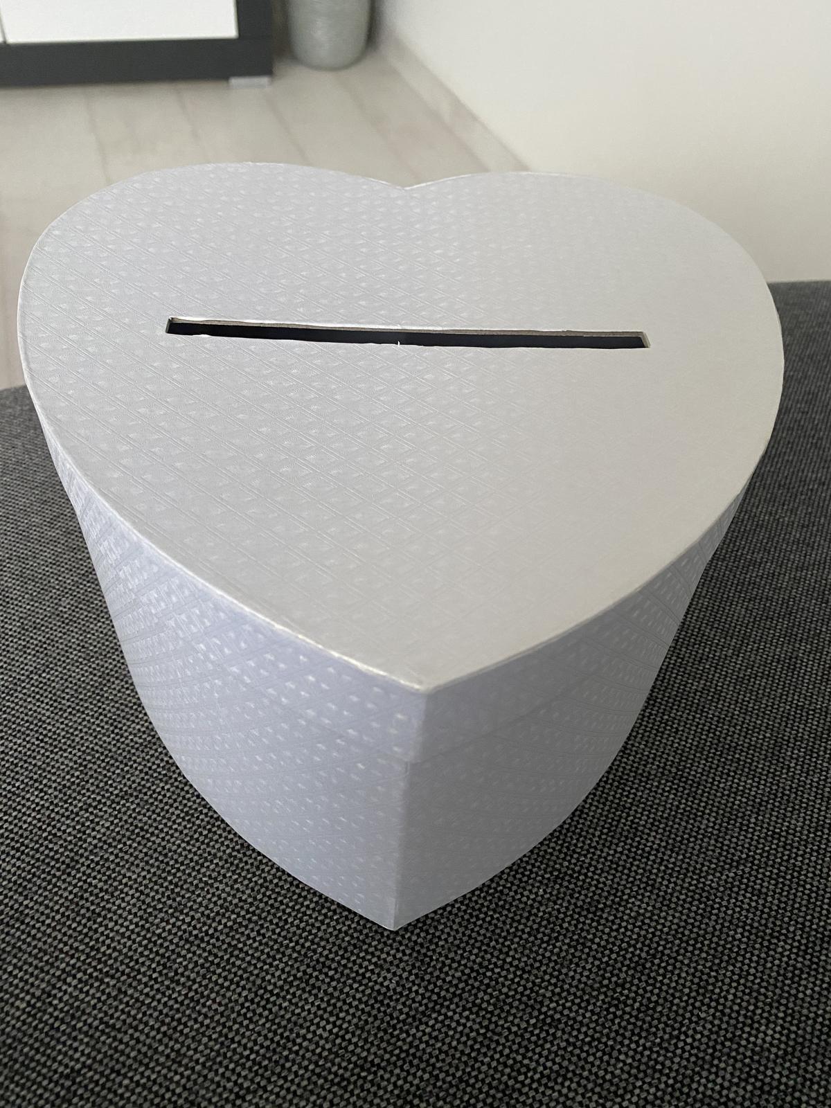 krabička v tvare srdca - Obrázok č. 2