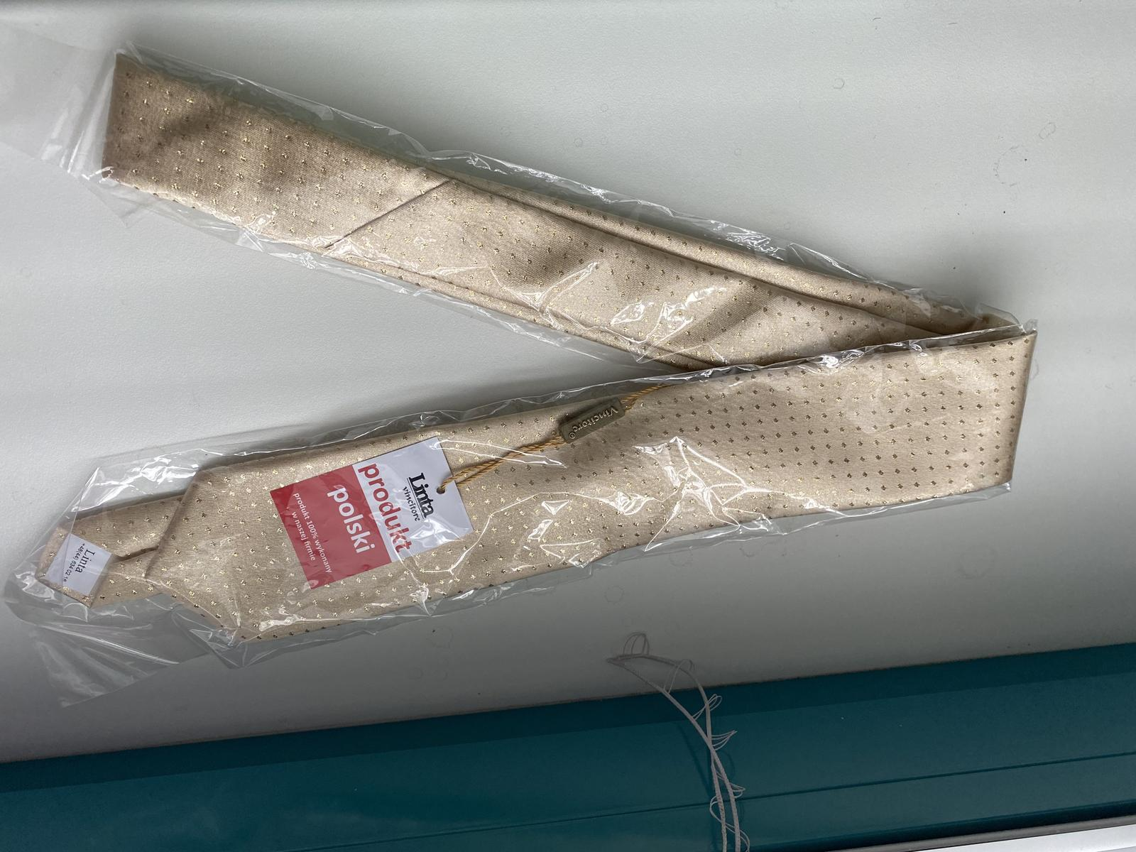 kravata zlatej farby - Obrázok č. 2