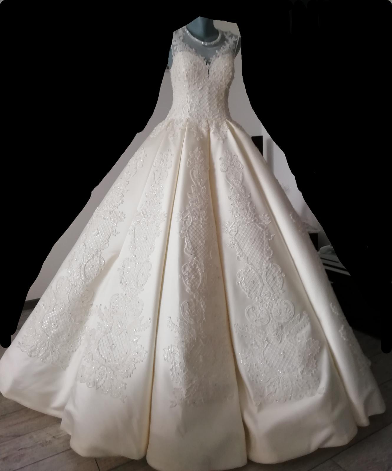 Kráľovské svadobné šaty - Obrázok č. 3