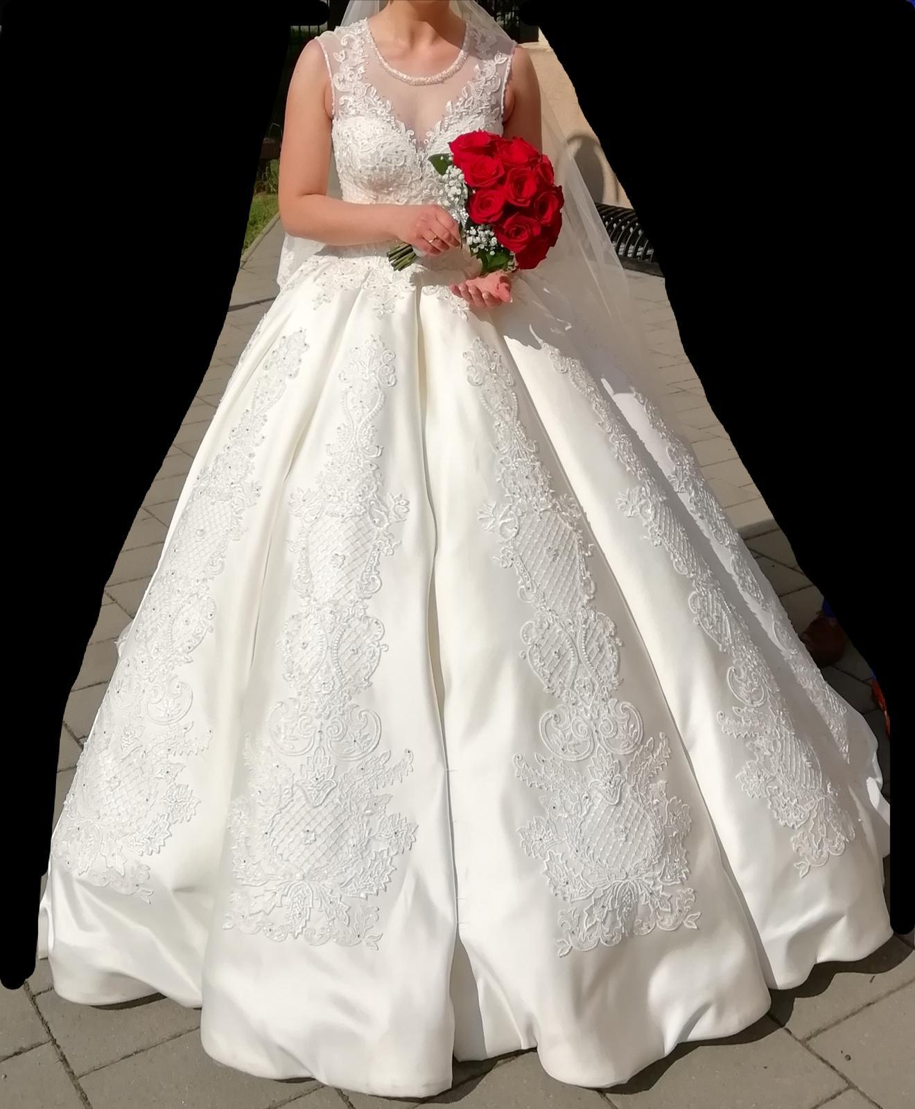 Kráľovské svadobné šaty - Obrázok č. 4