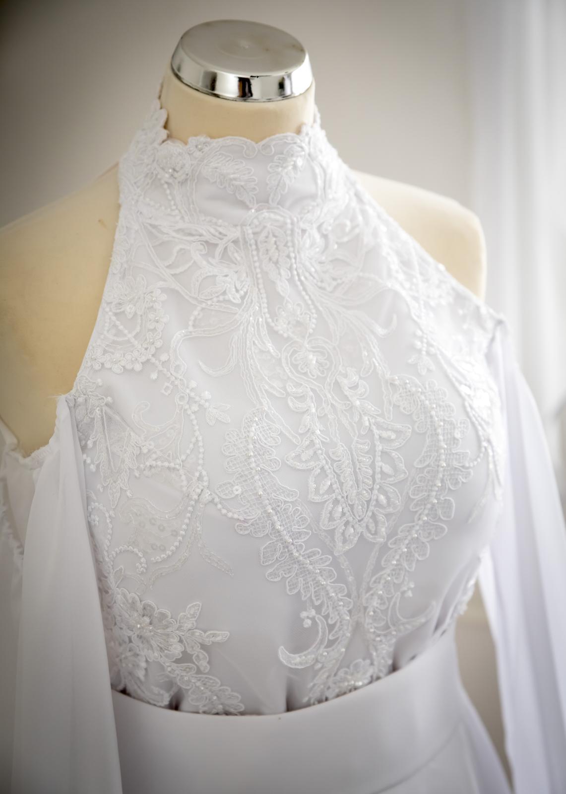 Svadobné šaty s vlečkou 2019 - Obrázok č. 2