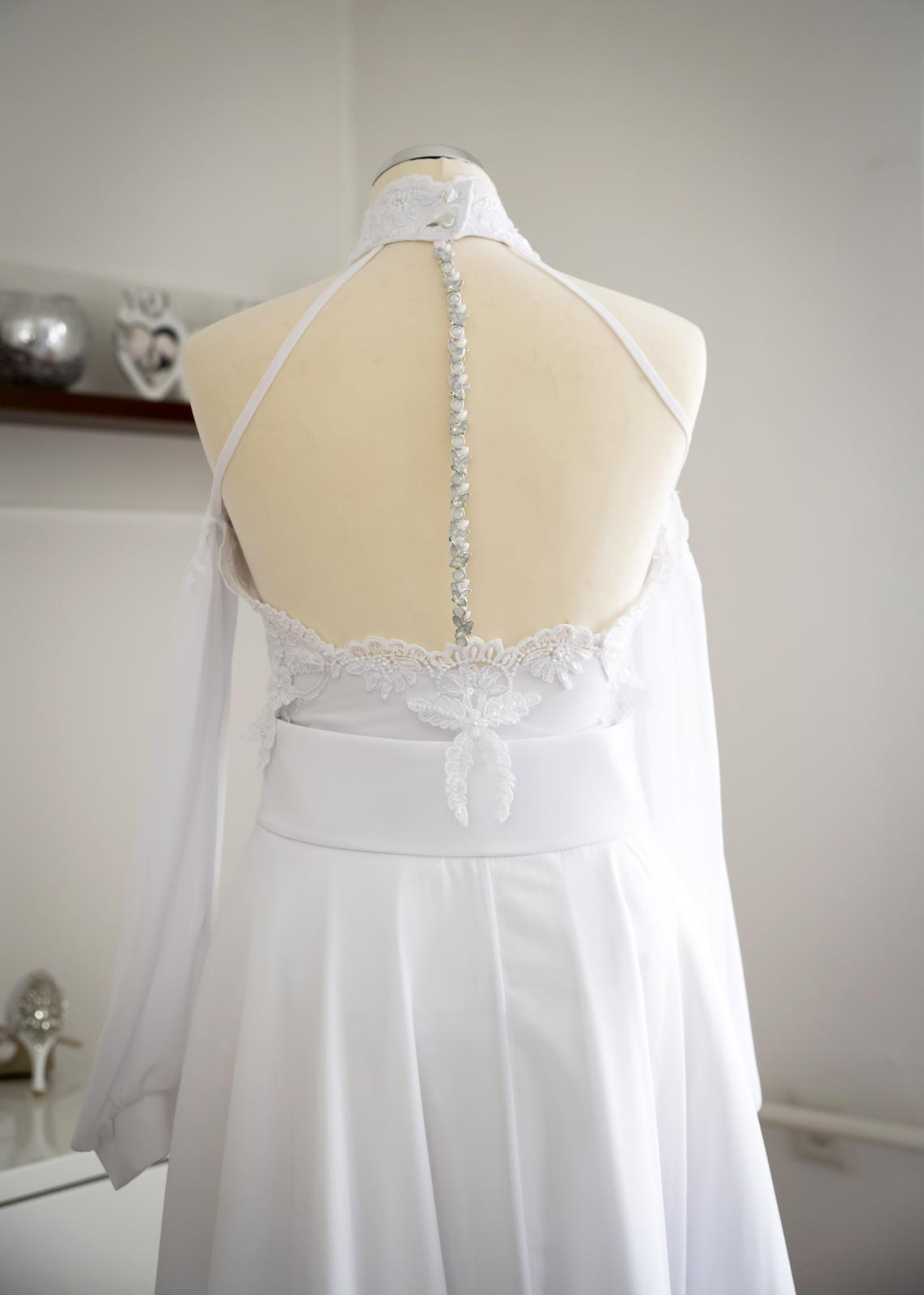 Svadobné šaty s vlečkou 2019 - Obrázok č. 3
