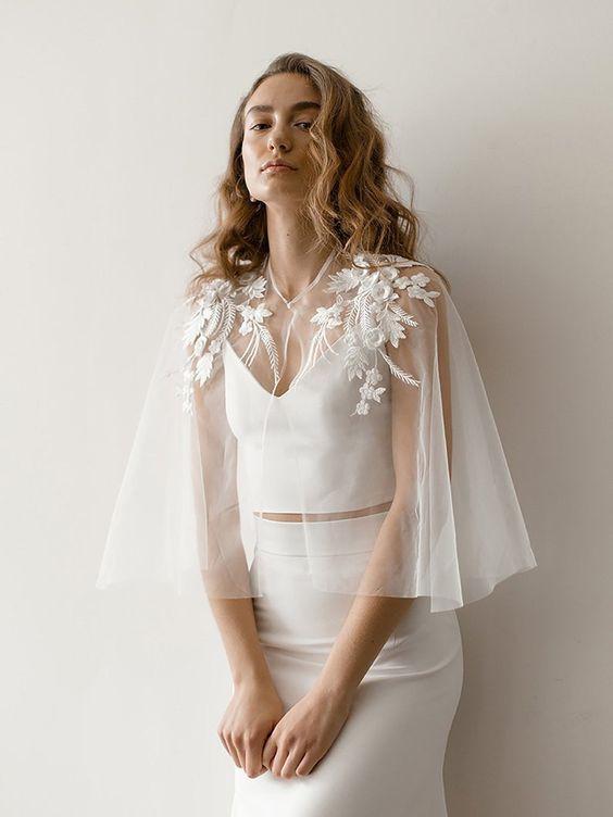 Svatební bolerka, pláštěnky, bundy a jiné přikrývky - Obrázek č. 9