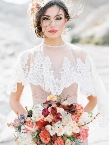 Svatební bolerka, pláštěnky, bundy a jiné přikrývky - Obrázek č. 24