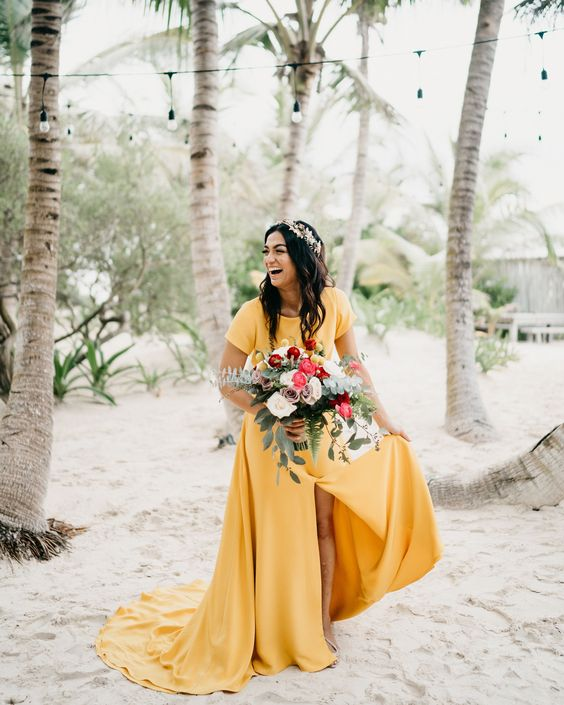 Barevné svatební šaty - Obrázek č. 3