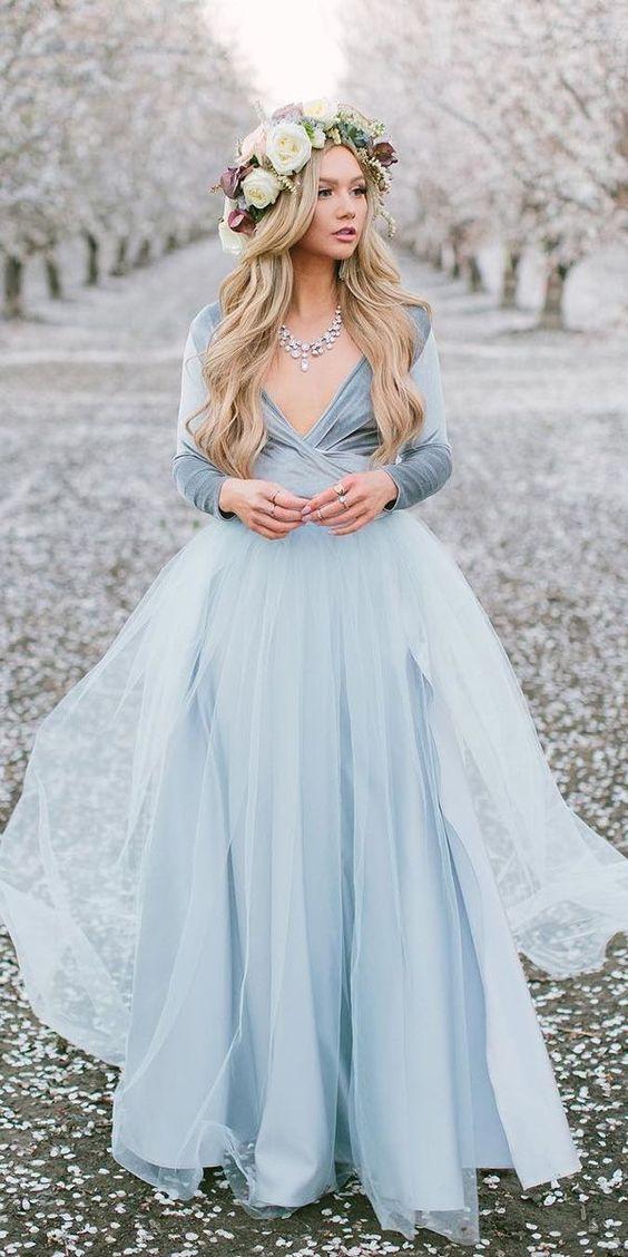 Barevné svatební šaty - Obrázek č. 9