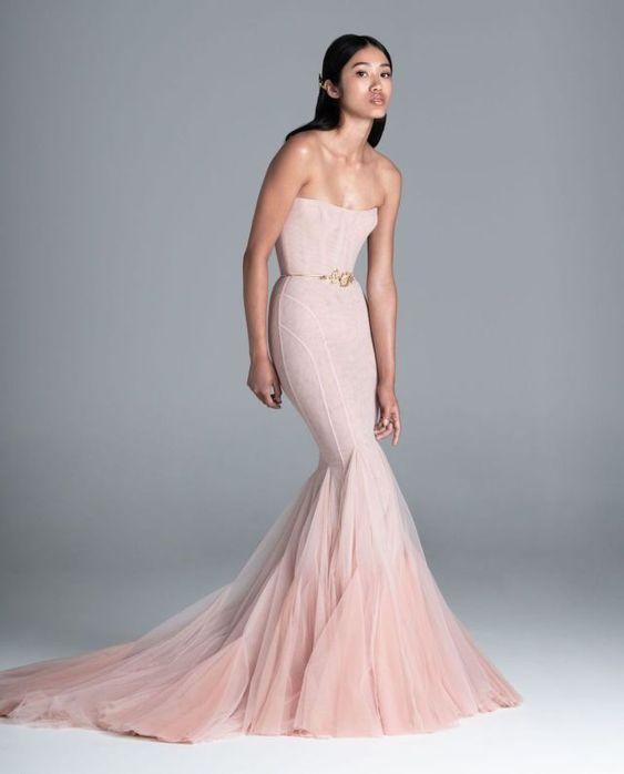Barevné svatební šaty - Obrázek č. 19