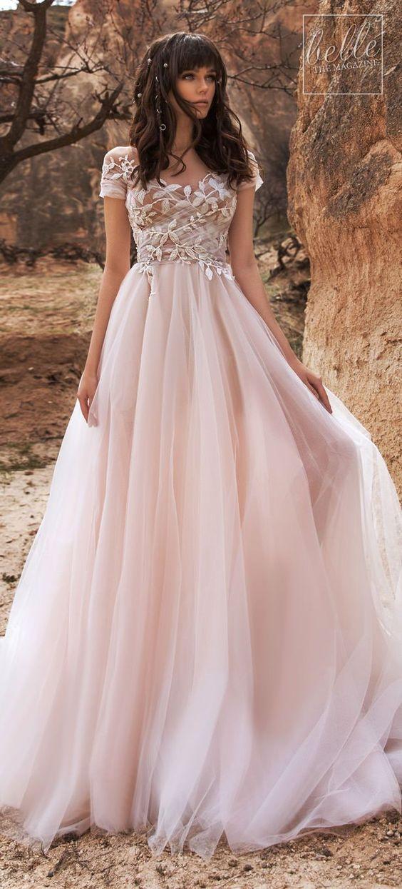 Barevné svatební šaty - Obrázek č. 22