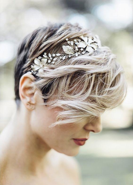 Svatební účes pro krátké vlasy - Obrázek č. 8