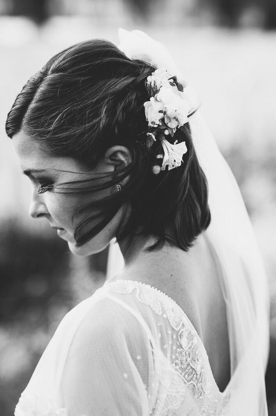 Svatební účes pro krátké vlasy - Obrázek č. 10