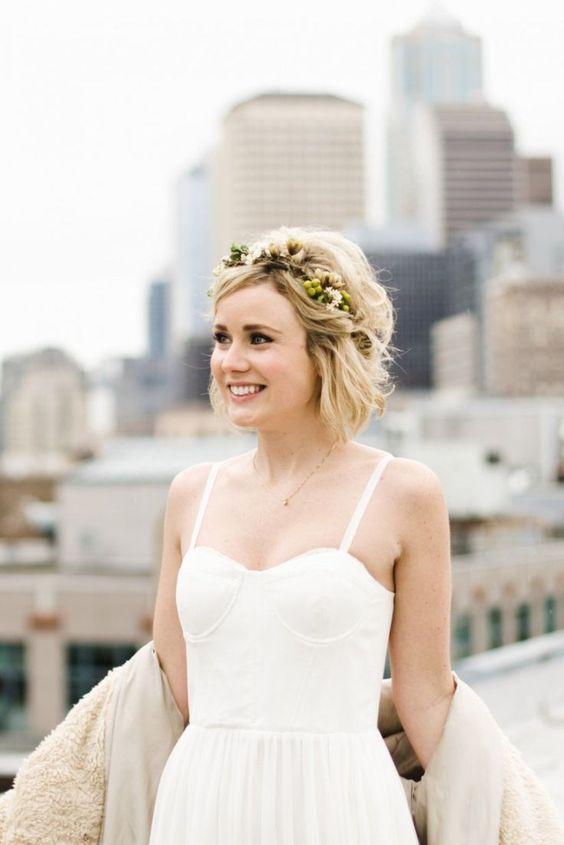 Svatební účes pro krátké vlasy - Obrázek č. 12