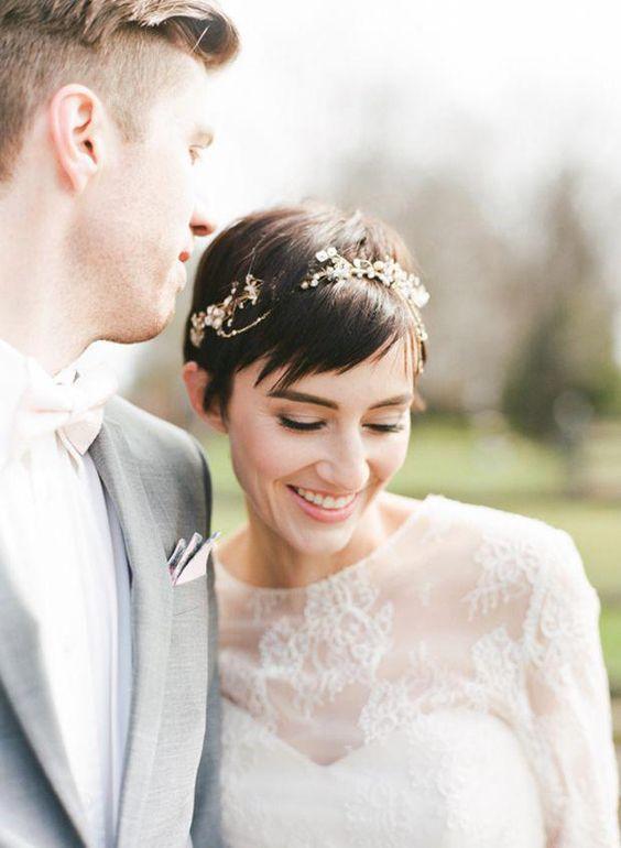 Svatební účes pro krátké vlasy - Obrázek č. 14
