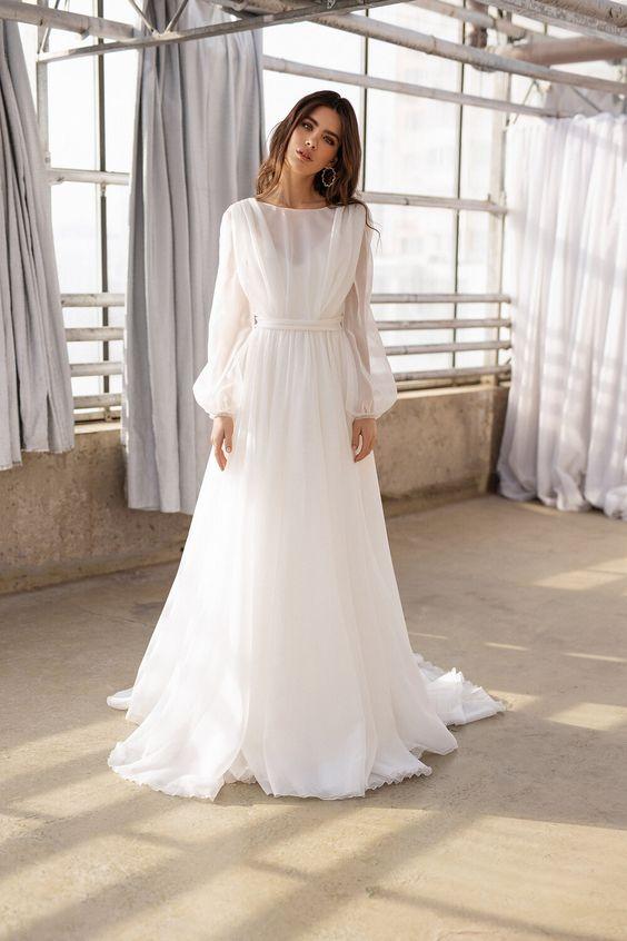 Svatební šaty s rukávy - Obrázek č. 10