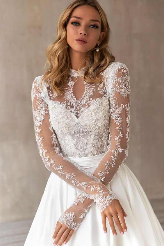Svatební šaty s rukávy - Obrázek č. 13