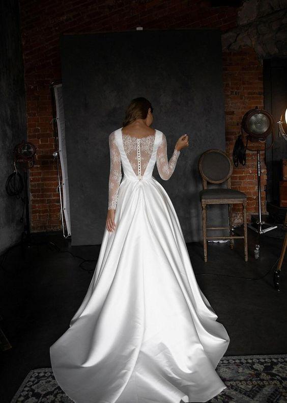 Svatební šaty s rukávy - Obrázek č. 27